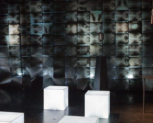 Antipoden, Theater, Schauspiel, Leuchtwürfel, Röntgenbilder, © Sigrid Wurzinger