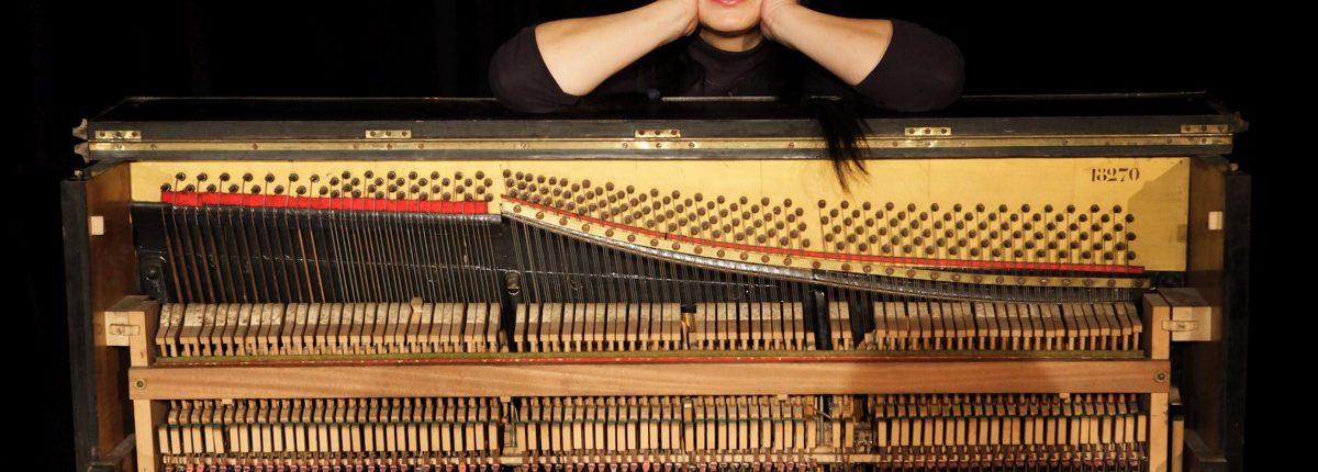 Maulwurf, Theater, Tanz, Performance, Piano, Yoko Yagihara, © Sigrid Wurzinger