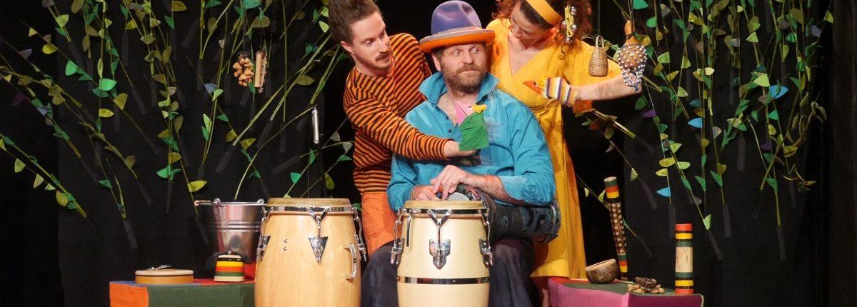 Sag mal..., Kindertheater, Tanz, Musik, Handpuppen, Drums, © Sigrid Wurzinger