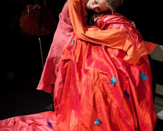 Träume Träume!, Kindertheater, Tanz, Musik, Schlaf, Traum, Parkbank, © Sigrid Wurzinger