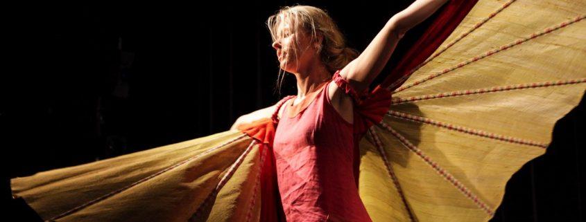 Träume Träume!, Kindertheater, Tanz, Musik, Schmetterling, fliegen, © Sigrid Wurzinger